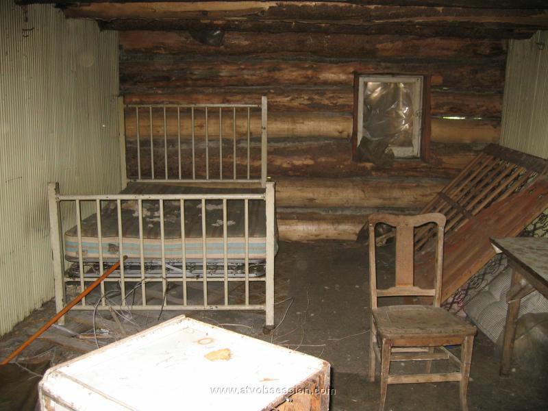 19 Inside The Old Cabin Jpg